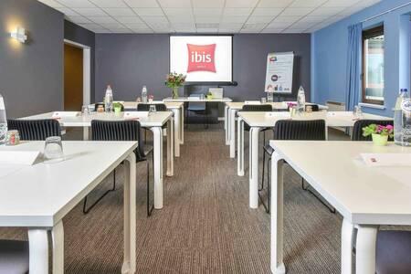 ibis Charleroi Airport Brussels South, Salle de location Fleurus  #0