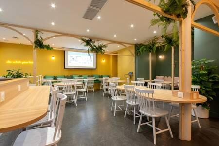 Timees Café & Coworking, Salle de location Paris Saint-Lazare #0