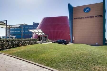 Barcelona Airport Hotel, Sala de alquiler  Plaça la Volateria #0