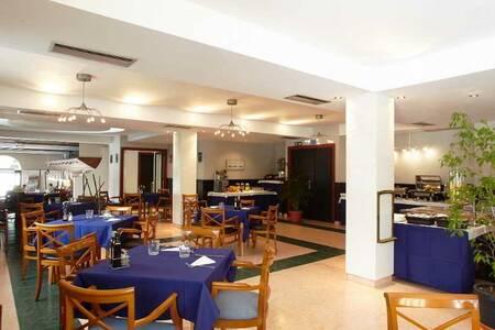 Excelsior Estudios & Apartamentos, Sala de alquiler Sant Antoni de Portmany Sant Antoni de Portmany #0