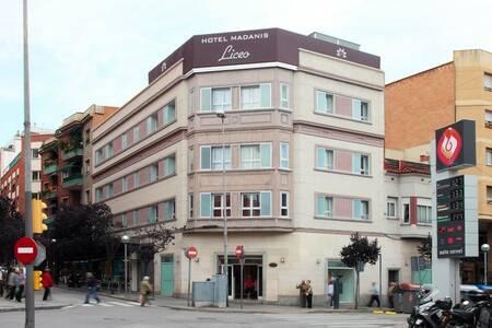 Hotel Madanis, Sala de alquiler L'Hospitalet de Llobregat  L'Hospitalet de Llobregat #0