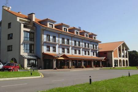 Hotel Cristina, Sala de alquiler Noreña Noreña #0