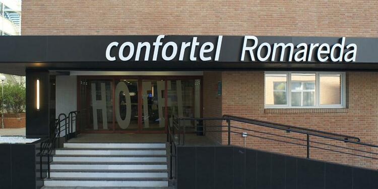 Confortel Romareda, Sala de alquiler Zaragoza Calle Miguel Asín Y Palacios #0