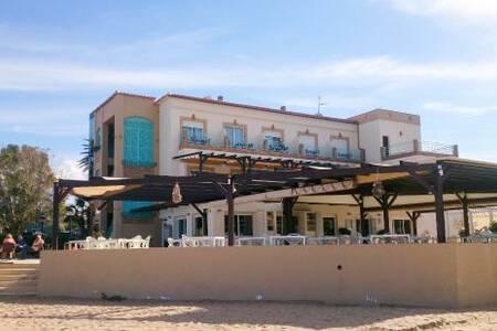 Noguera Mar Hotel, Sala de alquiler Dénia Carrer Llac Major #0