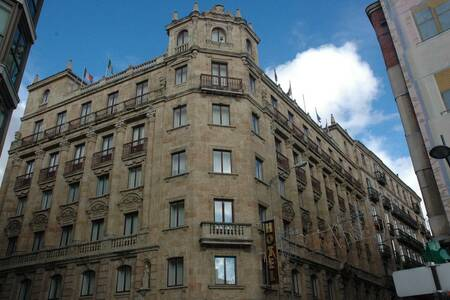 Hotel Monterrey, Sala de alquiler Salamanca Calle Azafranal #0