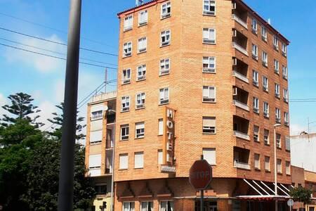 Hotel Herreros, Sala de alquiler El Grao de Castellón Av. del Port #0