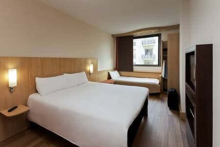 Hotel ibis Barcelona Pza Glories 22, Sala de alquiler Barcelona Carrer de la Ciutat de Granada #0