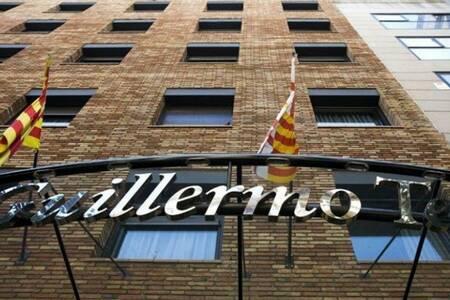 Guillermo Tell Hotel Barcelona, Sala de alquiler Barcelona Carrer de Guillem Tell #0