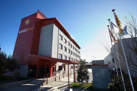 Hotel Basic, Sala de alquiler Vilafranca del Penedès Villafranca del Panadés #0