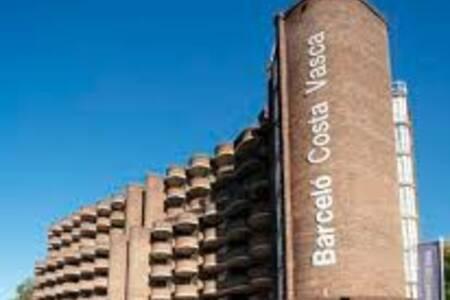 Barcelo Costa Vasca, Sala de alquiler Donostia Donostia #0