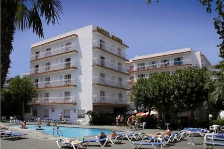 Hotel Garbi, Sala de alquiler Palafrugell Calella de Palafrugell #0