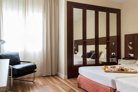 Arenas Atiram Hotels, Sala de alquiler Barcelona Carrer del Capità Arenas #0