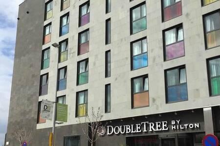 DoubleTree by Hilton Hotel Girona, Sala de alquiler Girona Girona #0