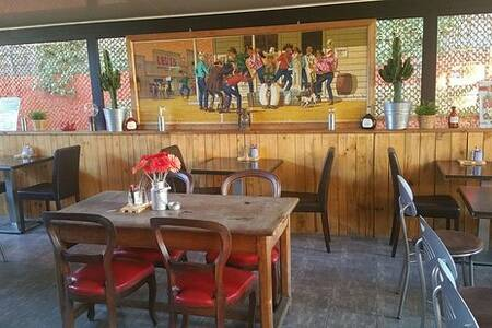 Pallet's Café, Restaurant Marseille La Valentine #0