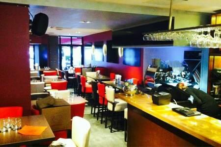 L'Extrapade, Restaurant Toulouse Saint-Cyprien #0