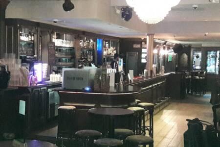 Glam Rock, Bar Marseille Baille #0