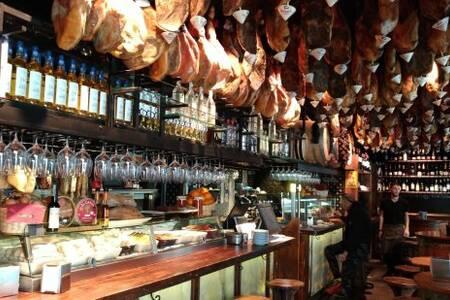Perikete, Bar Barcelona Port Vell #0