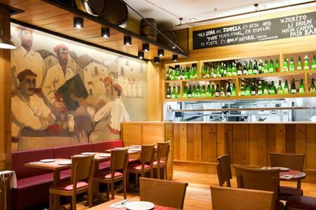 Txapela, Bar Barcelona Eixample #0