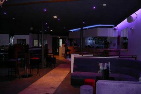 Le 21, Bar Bordeaux Hôtel de Ville – Quinconces #0