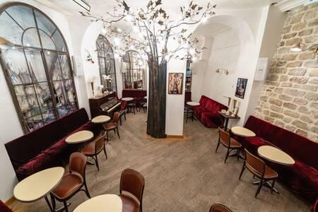 Les Dessous de Ginette, Bar Paris  #0