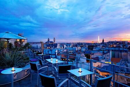 43 Up On The Roof, Bar Paris La Monnaie #0