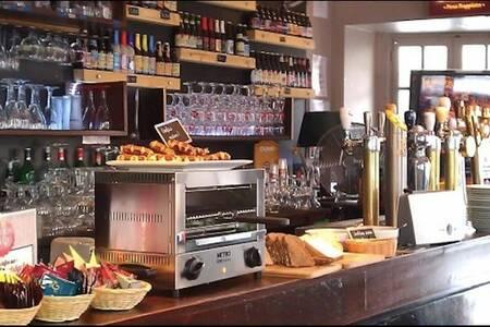 Le Bouillon Belge, Bar Paris Charonne #0