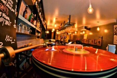 Le 35 Tours Bar, Bar Paris Montorgueil #0