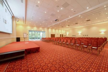 Fabulous Hotels Group - Magic Circus, Salle de location Magny-le-Hongre Marne La Vallée #0