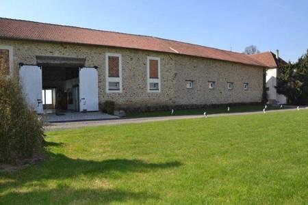 Domaine les Aulnois, Salle de location Saints  #0