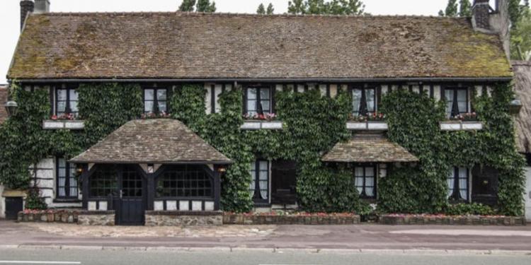 La Maison des Bois, Restaurant Plaisir  #0