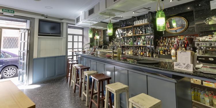 Mango Gin Bar, Bar Madrid Malasaña #1