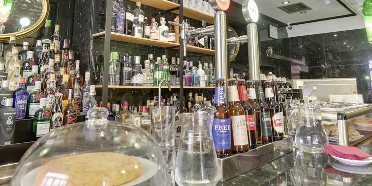 Mango Gin Bar, Bar Madrid Malasaña #6