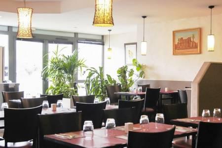 Les Deux Rives, Restaurant Créteil  #0