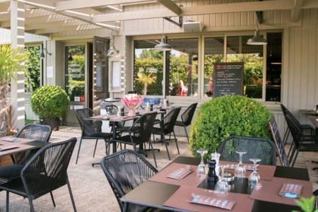 La Calèche, Restaurant Marcoussis  #0