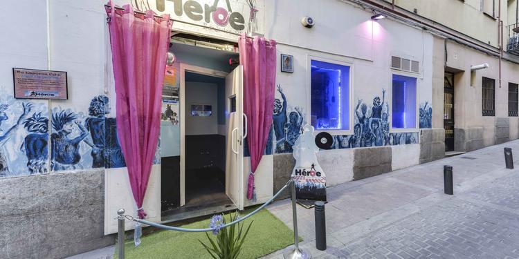Héroe Bar de los 80, Bar Madrid Huertas #4