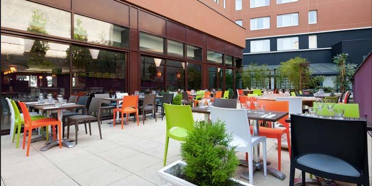 Le Lounge Royal, Restaurant Paris Porte de la Chapelle #0