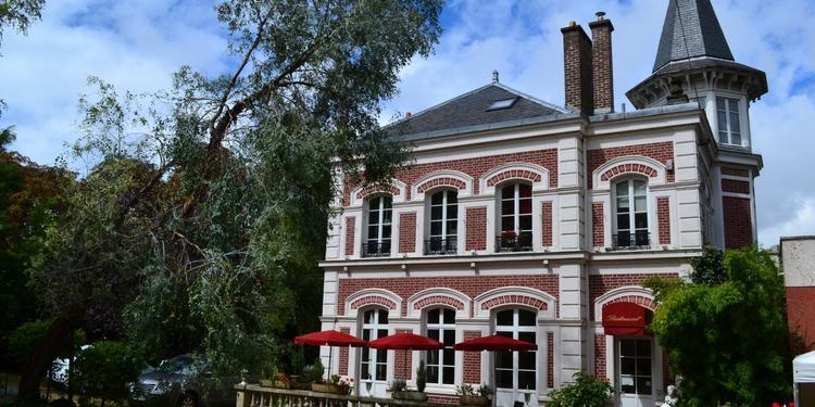 Le Pavillon de la Tourelle, Restaurant Vanves  #0