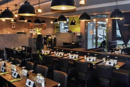 Marie & Adam, Restaurant Saint-Denis  #0