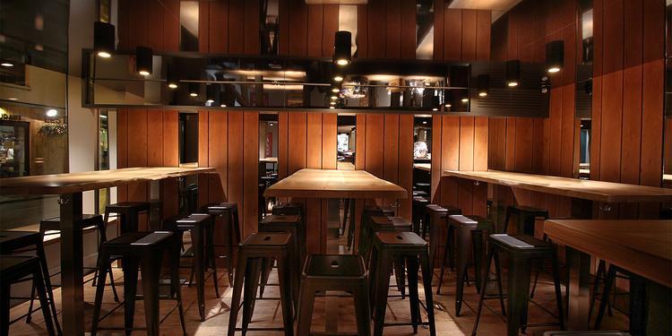 Oplato, Bar Paris Voltaire #1