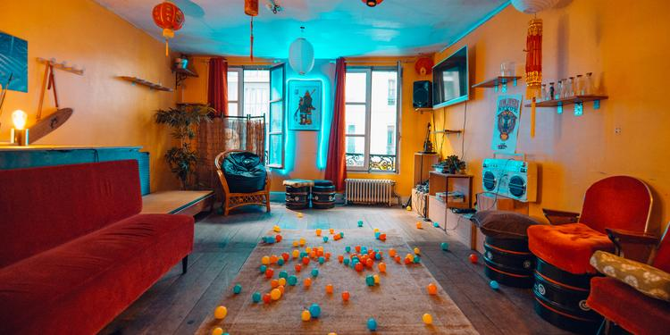 Le Na_mek, Bar Paris Oberkampf #0