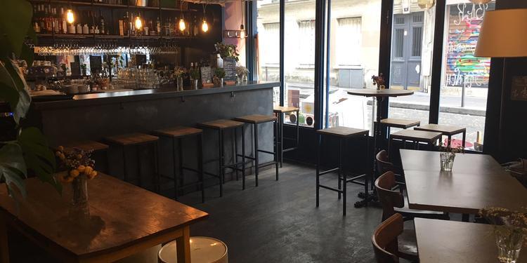 Les Lèvres Rouges, Bar Paris Montmartre #0