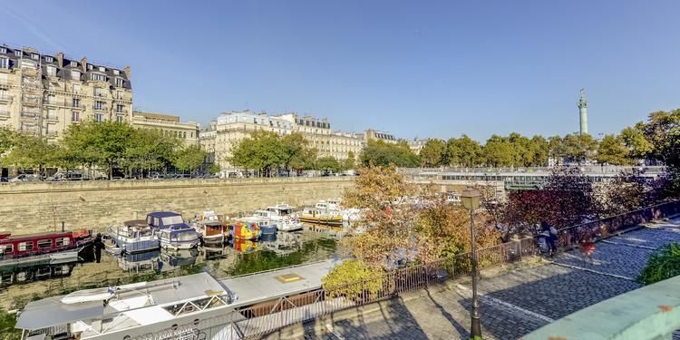 Le Grand Bleu, Bar Paris Bastille #5