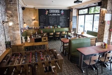 Kiez Biergarten, Bar Paris Caulaincourt #0
