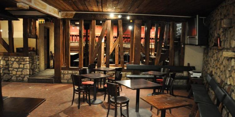 Le Cochon Rouge, Salle de location Rocquencourt Rocquencourt #0