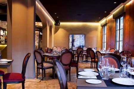 Küche Madrid, Sala de alquiler Madrid Barrio de Argüelles #0