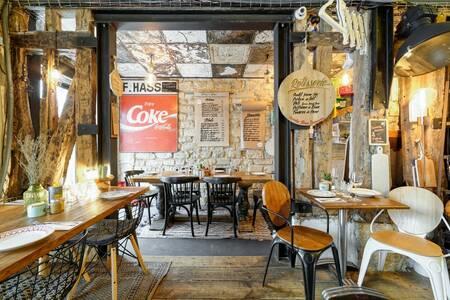 La Mère Poule - Restaurant, Restaurant Paris Oberkampf #0