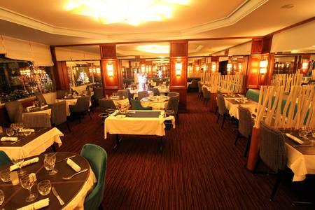 Le Laumière, Restaurant Paris Buttes Chaumont #0