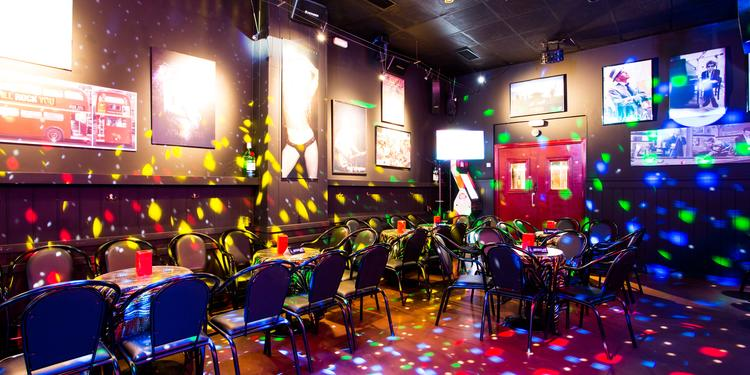 Touch Music Karaoke, Bar Barcelona La Vila Olímpica del Poblenou #0