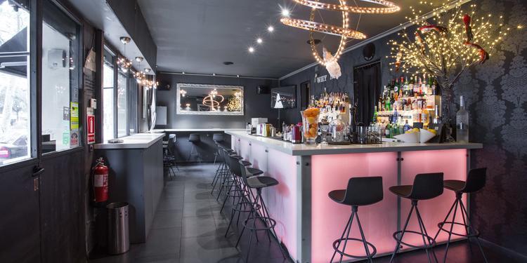 Why Not Barcelona, Bar Barcelona La Dreta de L´eixample #0