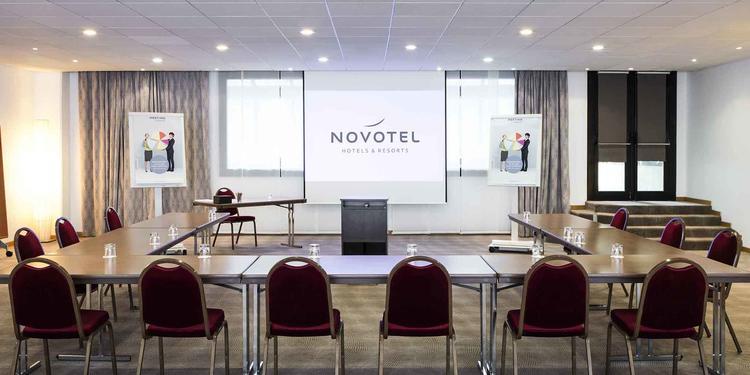 L'Hôtel Novotel Paris Suresnes, Salle de location Suresnes  #0